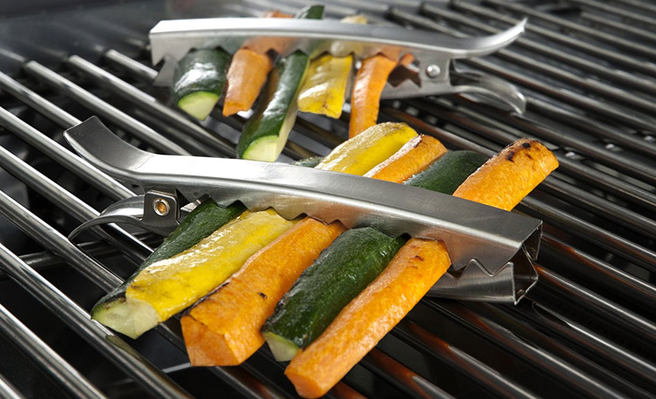 8 Geeky Gadgets For BBQ Grilling Season